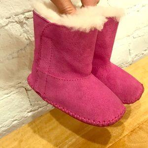 Ugg Boots // Toddler // Sz 4-5